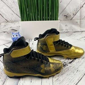 Under Armour Black/Gold Mens's Baseball Cleats 7